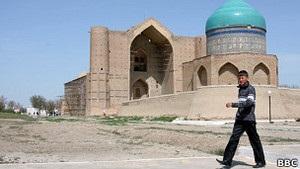Власти Казахстана винят исламиста в бойне с 7 жертвами