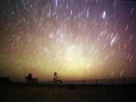 В ночь на пятницу жители Земли смогут наблюдать до 100 падающих звезд в час