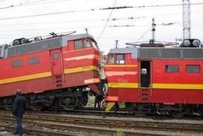 В Ивано-Франковской области поезд столкнулся с бульдозером