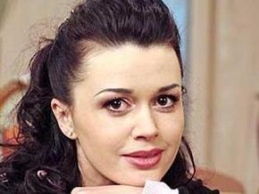 Суд отклонил иск телеканала Россия против Анастасии Заворотнюк