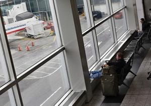 США: аэропорты возобновляют работу после шторма Немо