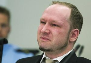Брейвик обвинил тюремных надзирателей в попытке довести его до самоубийства