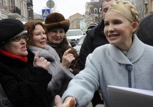 Тимошенко перед посещением ГПУ: Я даже без адвоката приехала, чтобы знакомиться с материалами дела