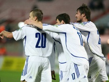 Динамо побеждает в Испании