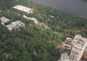 Газета по-киевски: К вертолетной площадке Януковича в Киеве построят мост