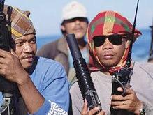 Сомалийские пираты напали на танкер ВМС США