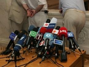 Больше половины россиян считают, что СМИ необъективно освещают ситуацию в экономике