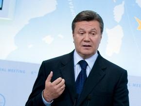 Янукович: Строительство перегрузочного терминала в Севастополе нужно контролировать