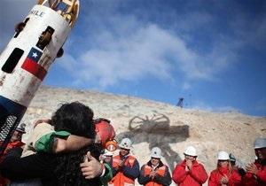 Из аварийной шахты в Чили поднят последний человек