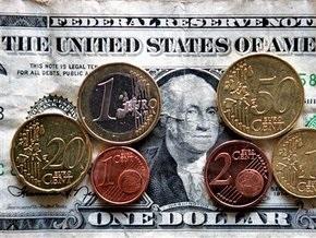 В обменниках доллар продают по 8,2-8,4 гривны