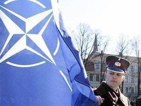 Источник: Нет юридических препятствий для вступления Украины в НАТО, минуя ПДЧ