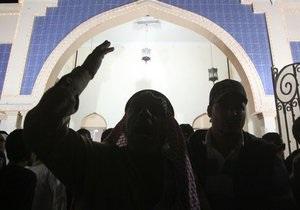 В Бахрейне поэтессу приговорили к тюремному заключению
