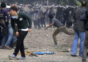 В Египте военные будут помогать полиции доставлять демонстрантов в суд