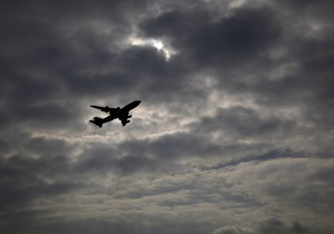СМИ узнали, кто находился на борту прибывшего из Триполи в Каир самолета