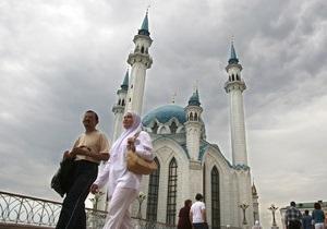 Силы Аллаха хватит на всех: мусульман Казахстана оскорбила водка из России