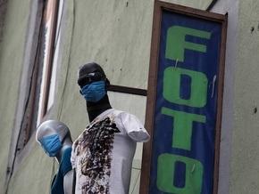 Власти Франции отказались поднимать уровень угрозы свиного гриппа до пандемии