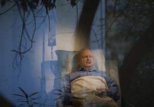 Инсталяция, изображающая Ариэля Шарона в коме, будет представлена в галерее Тель-Авива
