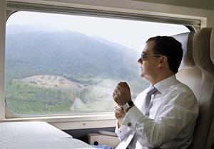 Медведев отправится в Чернобыль