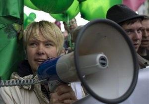 Оппозиция в Москве переместилась на Баррикадную