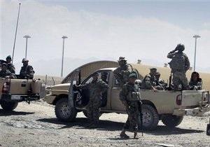 Все погибшие в перестрелке в аэропорту Кабула были гражданами США