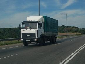 Из-за высокой температуры Укравтодор ввел ограничение движения грузовиков