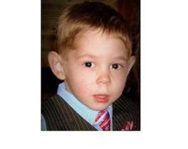 Приемная мать Максима Кузьмина заявила, что в России мальчик подвергался сексуальному насилию