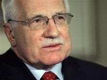 Неизвестный, проникший в дом чешского президента, умер при задержании