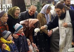 В пасхальных богослужениях приняли участие около восьми миллионов жителей России