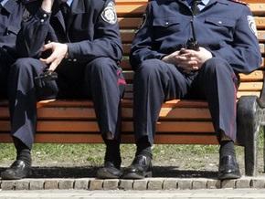 Двух милиционеров задержали за взяточничество в Днепропетровской области