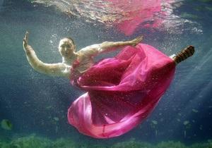 Фотогалерея: ПодМодное царство. В Южной Корее прошел показ мод в аквариуме