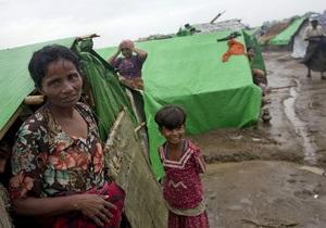 У берегов Мьянмы затонул буксир, утянув за собой лодки. Погибли около 50 беженцев-мусульман