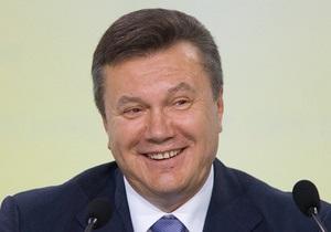 Янукович ответил на вопрос, почему  в стране всем плохо, а у него все хорошо