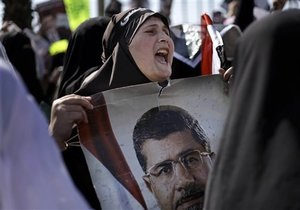 Новости Египта - военный переворот в Египте: Протесты в Египте длились всю ночь. Братья-мусульмане сообщают о 31 погибшем