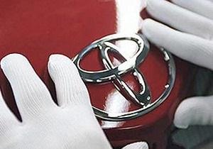 Toyota временно прекращает выпуск и продажу в США восьми моделей