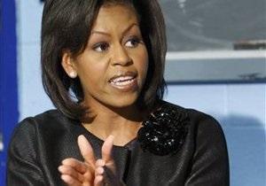 Мишель Обама разыгрывает приглашение на день рождения президента