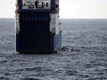 The Times: Исламисты расхищают оружие с захваченного в Сомали корабля