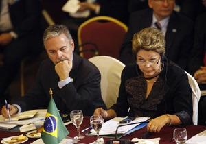 Глава МИД Бразилии уходит в отставку на фоне скандала