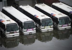 Нью-Йорк оживает после урагана Сэнди: открыты три моста, вскоре заработают метро и наземный транспорт