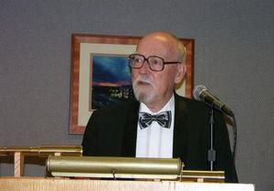 Умер легендарный американский писатель-фантаст