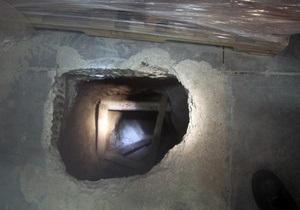 В туннеле под границей США и Мексики нашли 14 тонн марихуаны