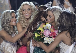 Фотогалерея: Рыжеволосая красотка. В Лас-Вегасе выбрали Мисс США-2011
