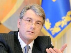 Ющенко: БЮТ и ПР закрепят на 10 лет премьера Тимошенко и президента Януковича