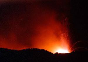 В Эритрее началось извержение вулкана