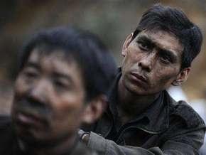 На севере Китая затопило шахту