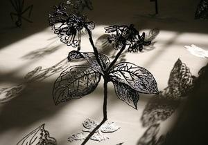 Фотогалерея: Цветы жизни и смерти. Открылся VI Большой скульптурный салон