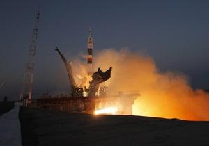 Фрагменты российского разгонного блока продержатся на орбите около года