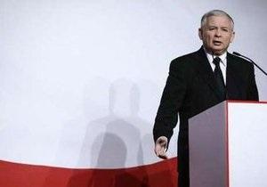 Коморовский и Качиньский лидируют в президентской гонке в Польше