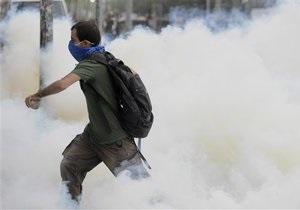 Новости Турции - беспорядки в Стамбуле: В Стамбуле возобновились беспорядки. Полиция разгоняет протестующих водометами