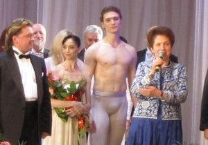 Жена Януковича в день рождения будет традиционно смотреть балет