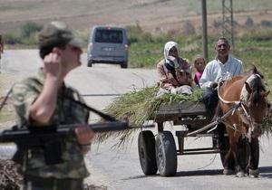 Возле турецко-сирийской границы тысячи местных жителей вступились за контрабандистов. Пострадали 18 военнослужащих и подросток